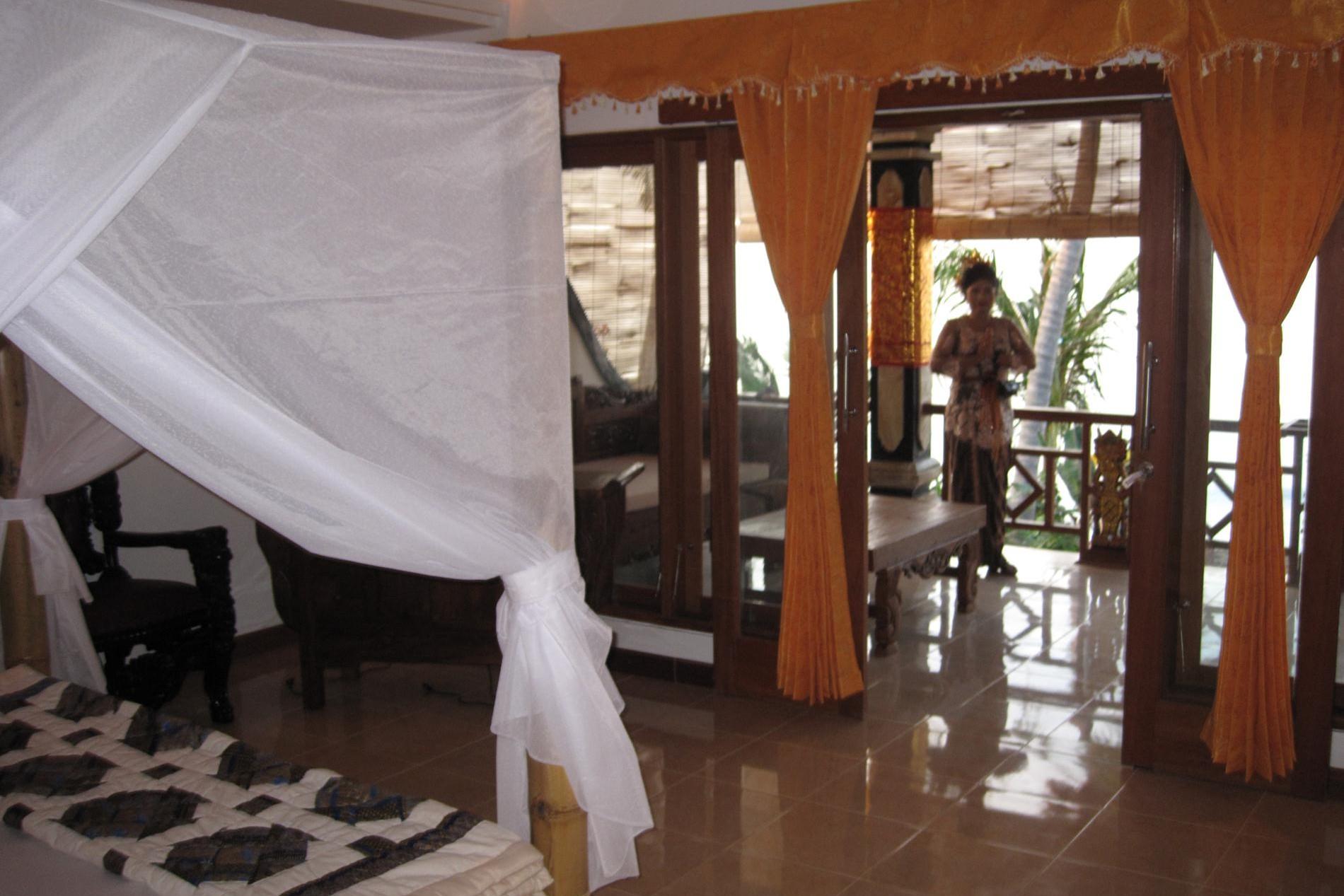 Raja Suite Master bedroom