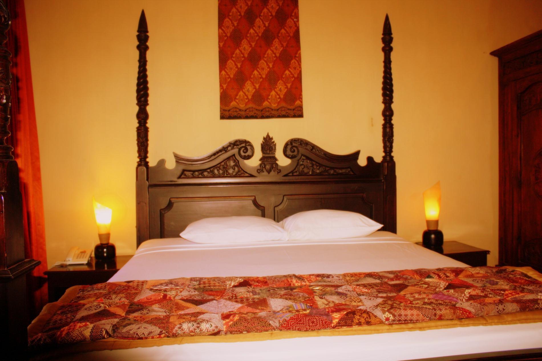 Superior Javanese Style